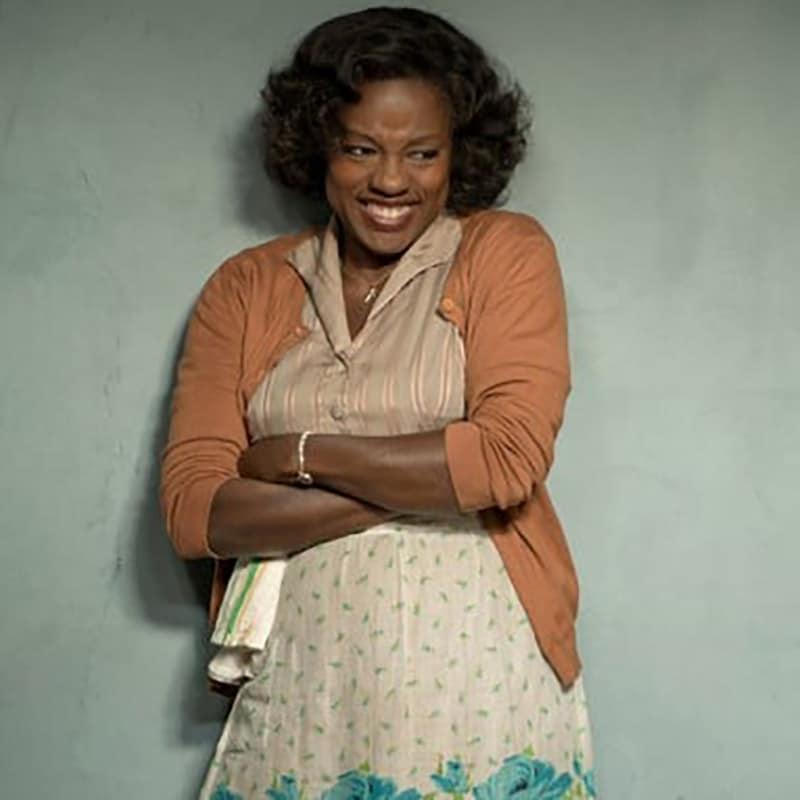 Viola Davis đóng lại vai Maxson trong bộ phim cùng tên chuyển thể từ vở kịch Fences, đạt giải Oscar.