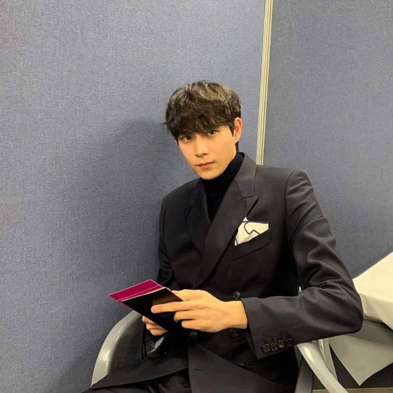 Kim Young Dae trong vai thiếu gia tài phiệt Joo Seok Hoon