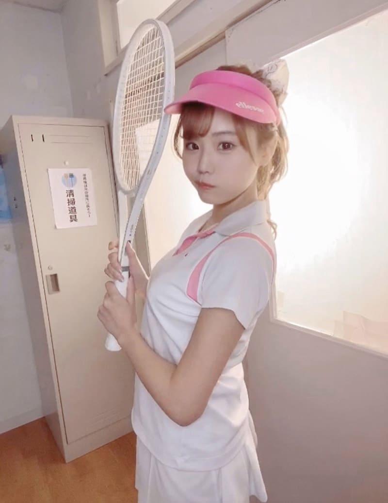 Yume Nikaidou khiến fan ngỡ ngàng vì học giỏi