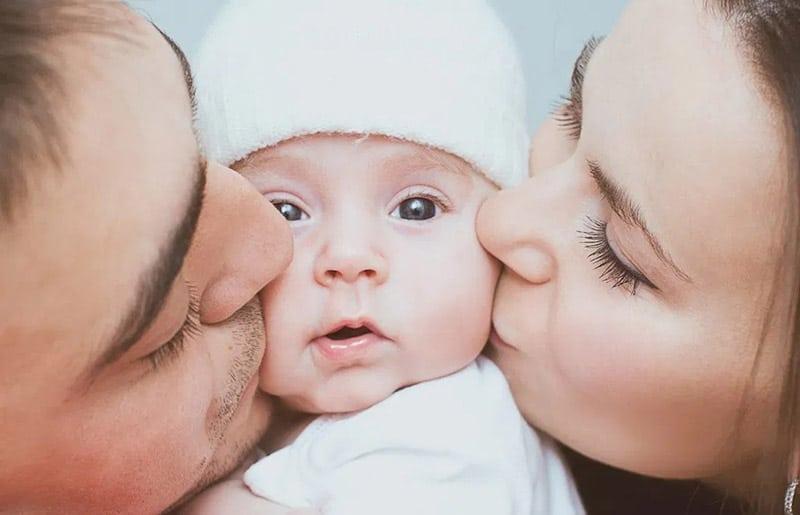 Bốn đứa trẻ được sinh ra mỗi giây