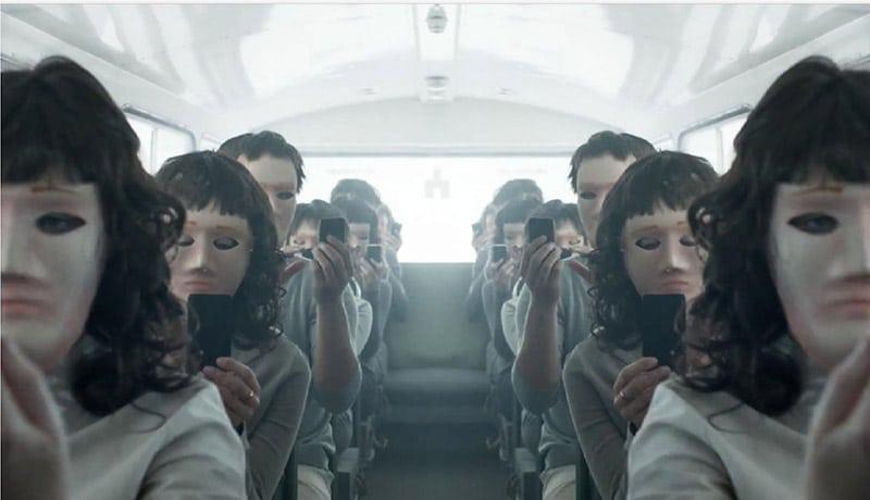 Review Black Mirror: White Bear (2013)