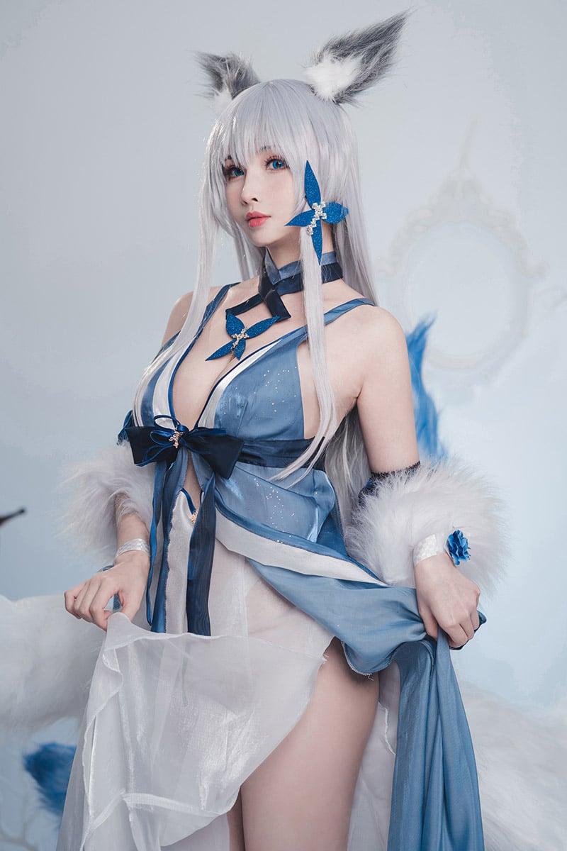 Bộ ảnh cosplay Shinano trong game Azur Lane