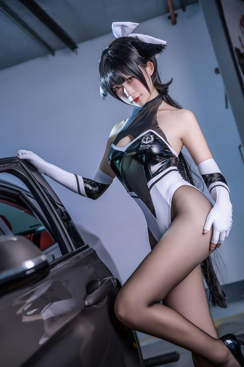 Bộ ảnh cosplay Takao - Full Throttle Charmer (Azur Lane)