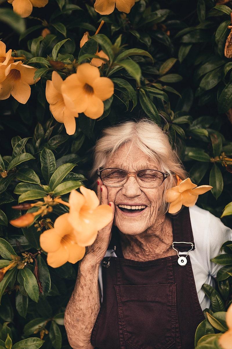 Khoa học ẩn sau nụ cười và hạnh phúc